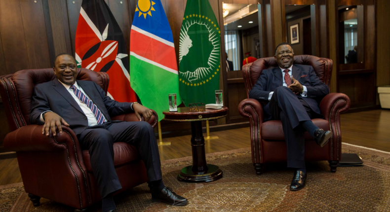 President Uhuru Kenyatta and his Namibian counterpart H.E. Hage Geingob in Namibia. (@StateHouseKenya)