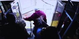 Tragedia w autobusie. Dwa dni później staruszek zmarł. Zobacz FILM