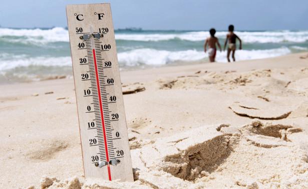 Ostrzeżenia trzeciego, najwyższego stopnia oznaczają, że mogą wystąpić groźne zjawiska meteorologiczne powodujące bardzo duże szkody lub szkody o rozmiarach katastrof oraz zagrożenie życia