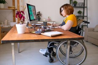 Mniej pieniędzy w firmach dla niepełnosprawnych
