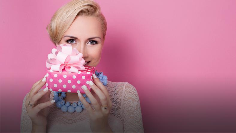 prezent kobieta