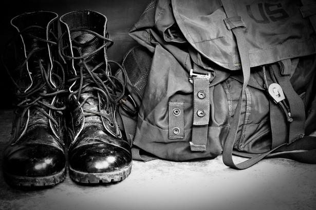 W wojsku służy 38 tys. szeregowych.