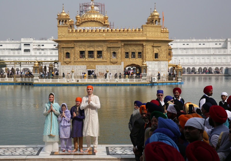 epa06548927 - INDIA CANADA DIPLOMACY (Canadian Prime Minister Justin Trudeau and family visit Amritsar)