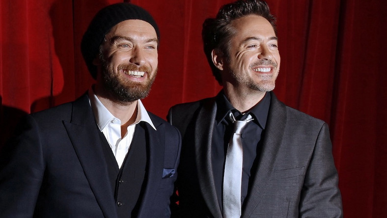 Robert Downey Jr. i Jude Law na premierze Holmesa