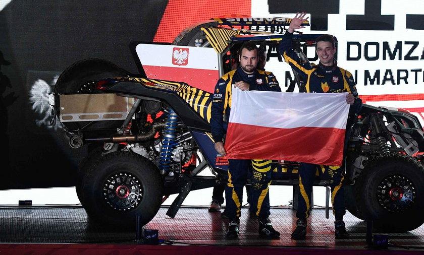 Aron Domżała i Maciej Marton pomogli na trasie motocykliście
