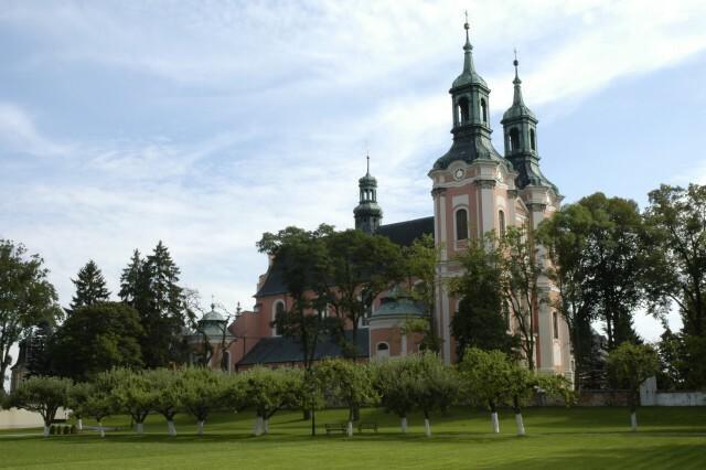 Gościkowo-Paradyż - pocysterski zespół klasztorny. Na zdjęciu: Opactwo cystersów w Gościkowie-Paradyżu