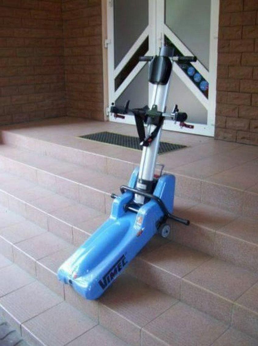 Ten schodołaz ukradli niepełnosprawnemu