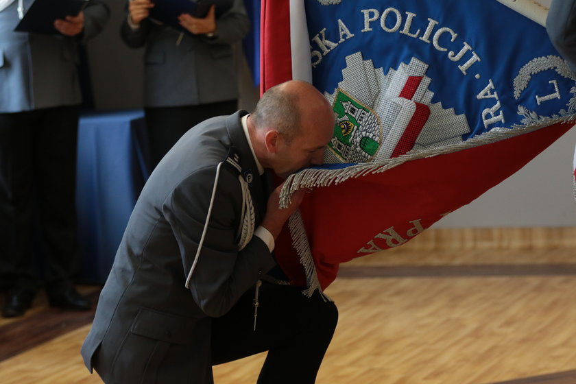 Komendant policji zaszczepił się poza kolejką. Stracił stołek