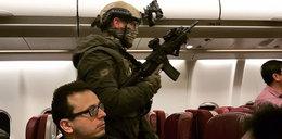 Groził, że wysadzi samolot. Do akcji wkroczyli pasażerowie