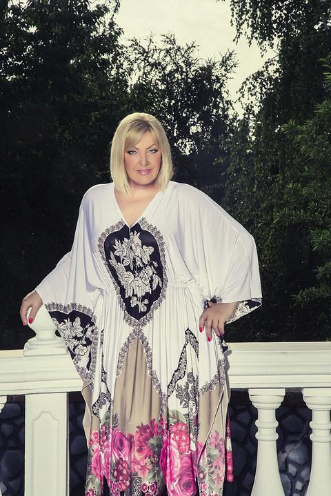 Evo KAKO je Snežana Đurišić izgledala na POČETKU KARIJERE: Na tračeve ne reaguje jer se navikla na njih posle 50 godina na estradi!