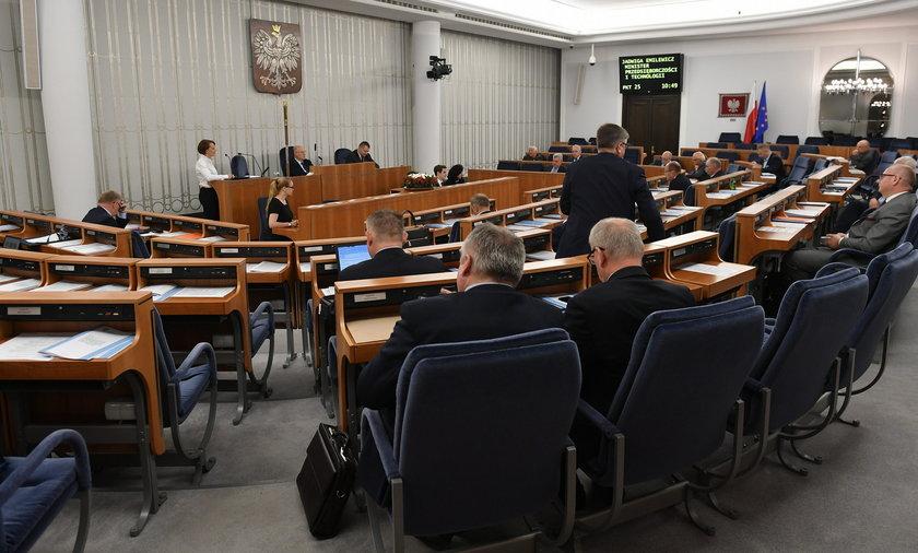 Będą kary dla parlamentarzystów. Senat zdecydował