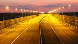 Absurd na A-4. Autostrada donikąd, ale oświetlona!