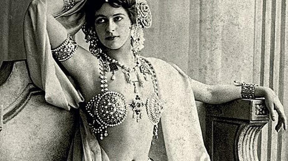 Mata Hari, zdjęcie z 1906 r. - domena publiczna