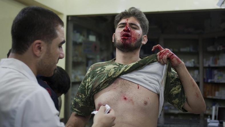 Lekarze ze szpitala Dar al Shifa w Aleppo walczą o życie rannych bojowników i cywili