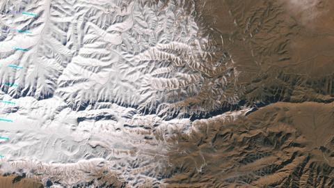 Północna część Sahary przykryta śniegiem