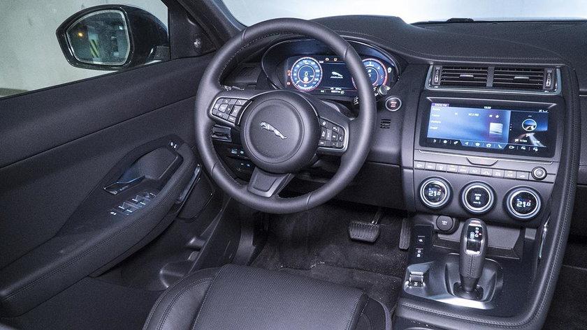 Jaguar E-pace wnętrze