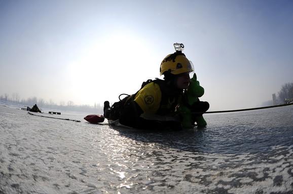 Jedan od spasilaca u simulaciji spasavanja