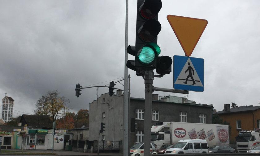 Źle ustawiona sygnalizacja świetlna w Rumii.