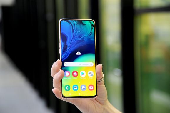 Samsung Galaxy A80 sa ekranom od 6,7 inča