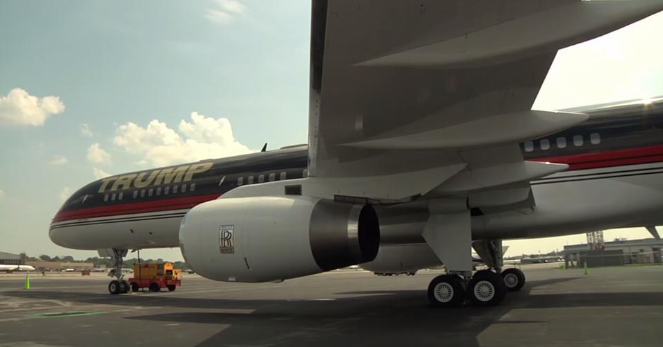 Trumpowi bardzo zależało, by to właśnie Rolls-Royce był producentem silników, które będą napędzać jego samolot. Wprawdzie nie są najbardziej wydajne na świecie, ale mają wielką moc. Ponadto są ciche, co umożliwia Trumpowi lądowanie także na tych lotniskach, gdzie są restrykcje ze względu na poziom hałasu.