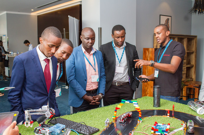 Oracle Display during the fourth MEST Africa Summit, in partnership with Microsoft.