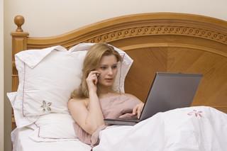 Kiedy telepraca, a kiedy home office? Praktyczne aspekty pracy poza biurem