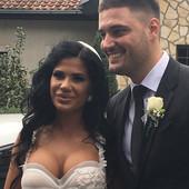 Nakon što se pročulo da su se RASPRAVLJALI NA SVADBI, Perućica otkrio da su supruga i on ODLOŽILI MEDENI MESEC (VIDEO)