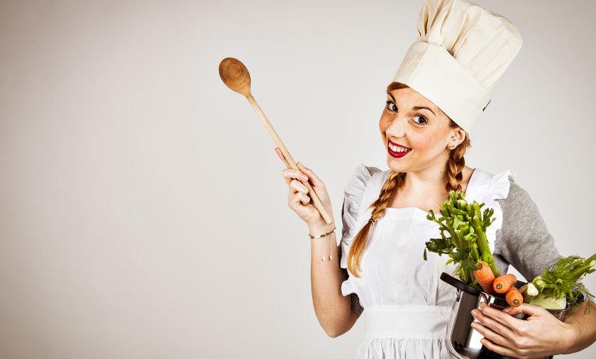 Kucharka z garnkiem