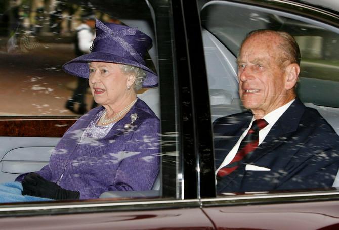 Kraljica Elizabete II i vojvoda od Edinburga