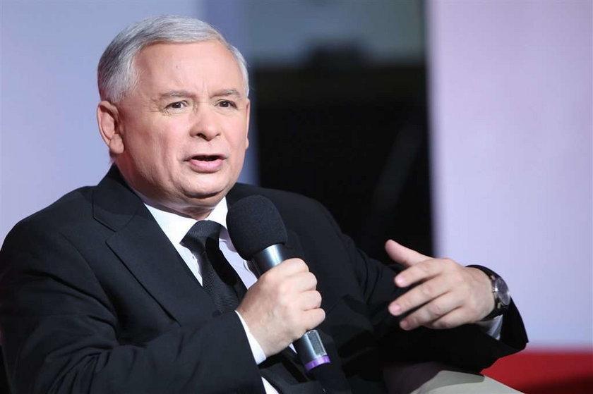 Kaczyński chciał zdelegalizować SLD. Poprosi o poparcie?