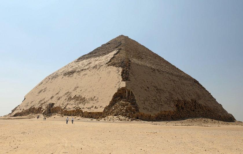 Łamana Piramida