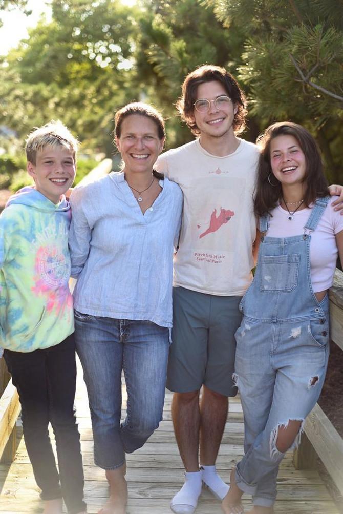 Debra Kopaken sa decom