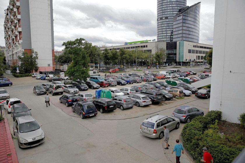 Tutaj mógłby powstać piętrowy parking