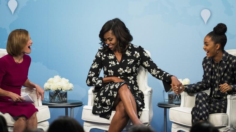 """Pierwsza dama USA wzięła udział w debacie zorganizowanej przez magazyn """"Glamour"""" z okazji Światowego Dnia Dziewczynek, w której można było wziąć udział za pomocą Skype'a..."""