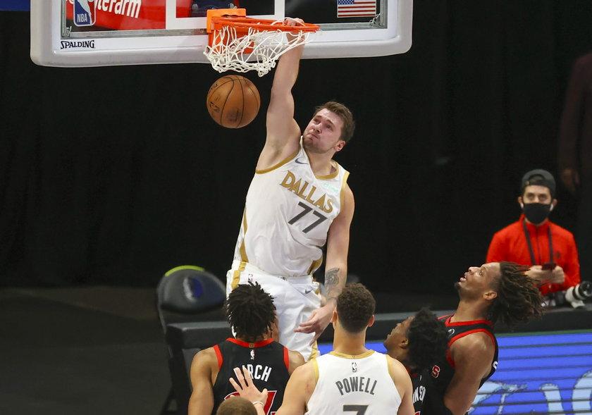 Obecność zawodnika zależała w największym stopniu od wyników w play-off NBA.