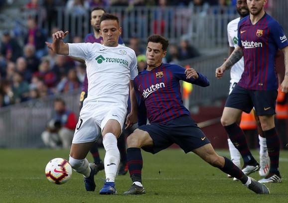 Nemanja Maksimović na meču protiv Barselone
