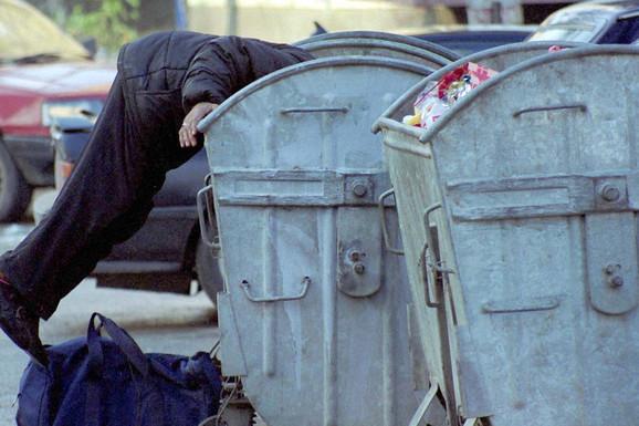 ŽIVOTNI PAKAO VELIKOG ASA Preživeo sepsu, tumor i najstrašnije - slučajnu SMRT SINA u obračunu klanova u Beogradu! Bio je ZVEZDA SFRJ KOŠARKE, a danas skuplja flaše PO KONTEJNERIMA