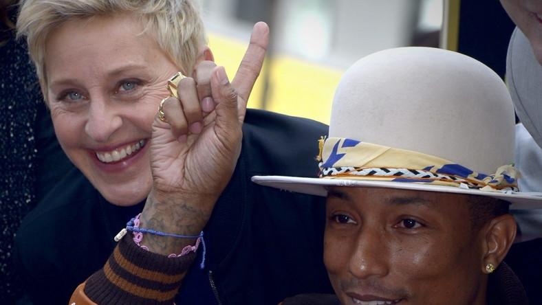 Podczas uroczystego odsłonięcia gwiazdy Pharrella na Hollywood Walk of Fame, artyście towarzyszyła zaprzyjaźniona z nim legenda amerykańskiej telewizji Ellen DeGeneres. – Dziękuję każdemu, kto kiedykolwiek pomógł mi w karierze. Jestem naprawdę wdzięczny – napisał muzyk na swoim profilu na Facebooku