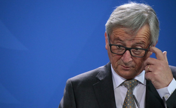 – W czasie tych 105 debat wielokrotnie musiałem z państwem omawiać wyjście Wielkiej Brytanii z UE. Prawdę mówiąc, bolało mnie, że poświęcałem tak wiele swojego mandatu na zajmowanie się brexitem, kiedy nie myślałem o niczym innym niż o tym, jak uczynić tę Unię lepszą dla jej obywateli. Strata czasu i strata energii – powiedział Jean-Claude Juncker.