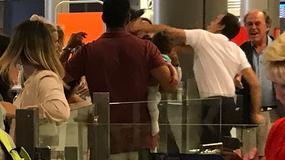 Rękoczyny na lotnisku: pracownik lotniska podniósł rękę na ojca, trzymającego dziecko