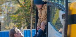Dziadek Tusk załatwił wnukom... koparkę