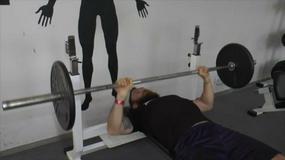 Najczęstsze błędy, jakie popełniamy trenując na siłowni