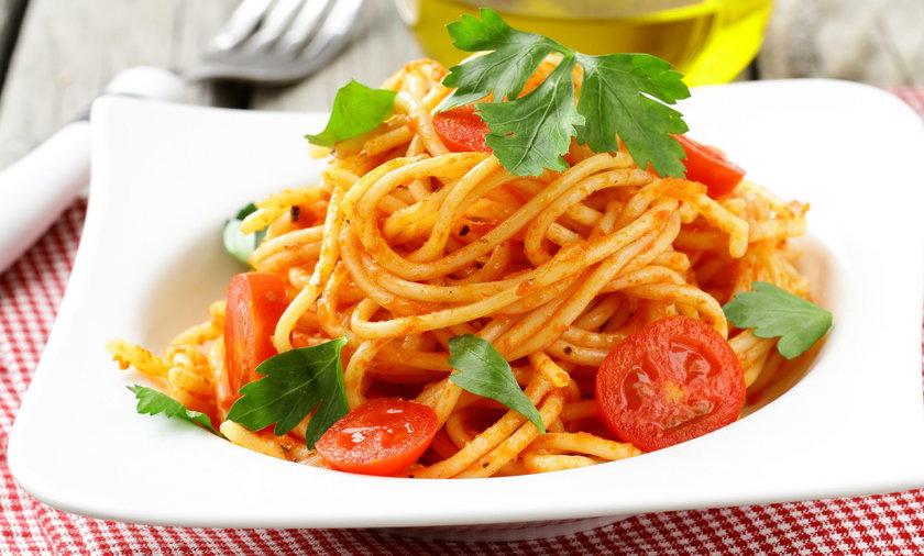 Przepis na idealne spaghetti. Jak zrobić spaghetti?