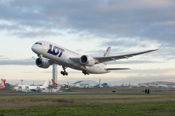 Kolejny spełniony postulat przez zarząd to uchylenie nagany dla szefa Związku Zawodowego Pilotów Komunikacyjnych PLL LOT Adama Rzeszota.