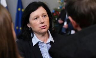 Jourova: Będziemy naciskać na uzależnienie wypłaty środków z budżetu UE od praworządności