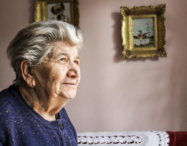 """Badanie """"SHARE 50+ w Europie"""" pozwala odpowiedzieć na pytania o stan zdrowia, relacje społeczne oraz sytuację finansową i zawodową osób po 50. roku życia."""
