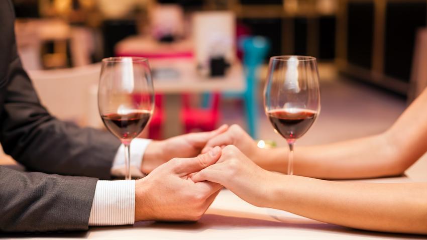 Czy randkowanie z żonatym mężczyzną ma jakieś zalety?