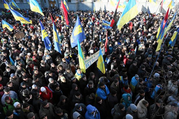 Protest przed ukraińskim parlamentem w Kijowie