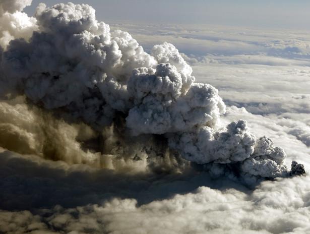 Wybuch wulkanu na Islandii z 2010 roku