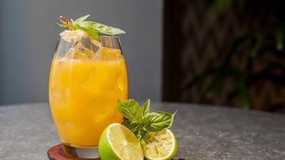 Voici comment faire de la limonade à la mangue et au gingembre